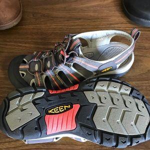 New Ladies Keene walking shoes